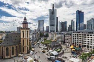 Frankfurt am Main - bietet hunderte von Hotels