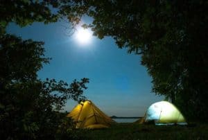 Die beliebteste Übernachtungsmöglichkeit für Backpacker ist das eigene Zelt