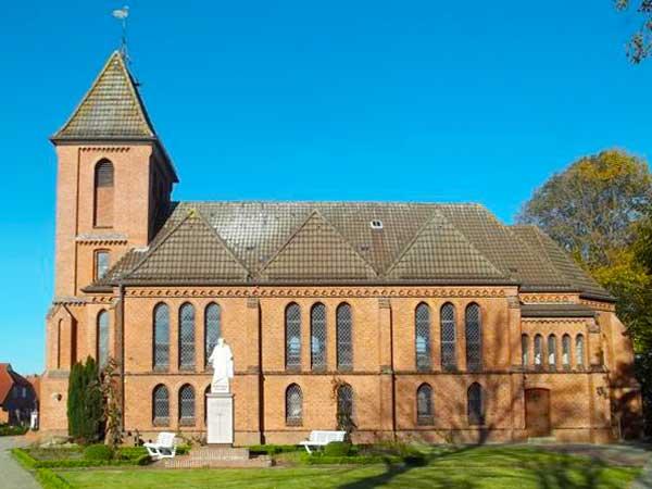 """Münkeboe: Kirche """"Zum guten Hirten"""""""