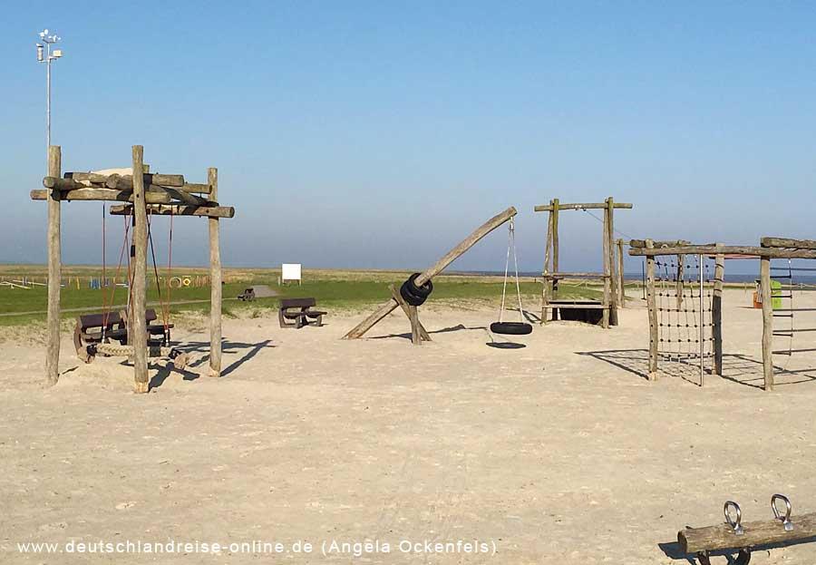 Kinderspielplatz am Strand © Deutschlandreise Angela Ockenfels