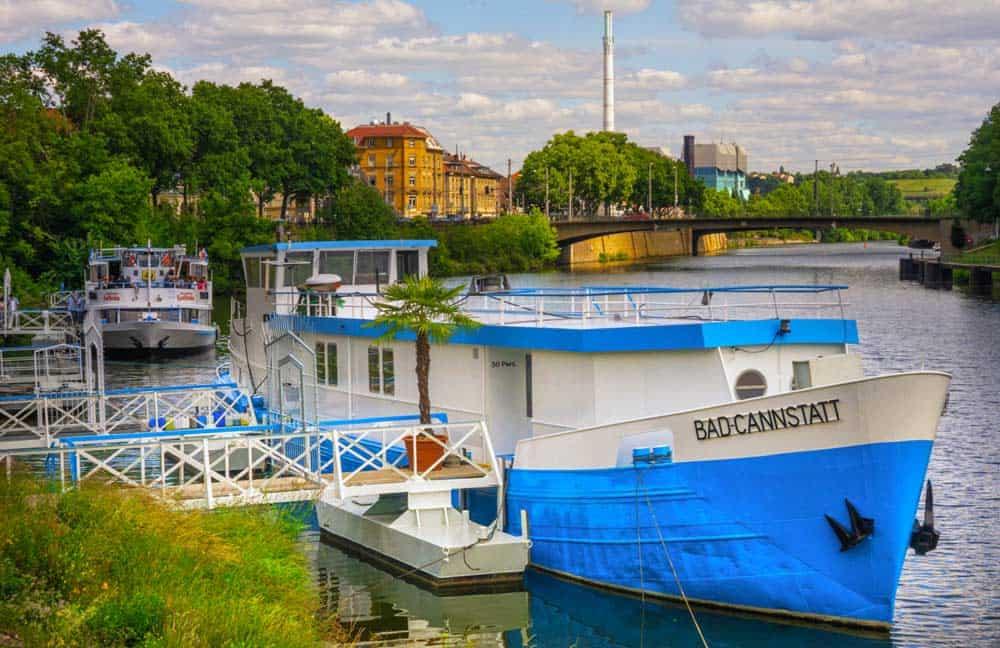 Stuttgart mit Neckar als Freizeitoase