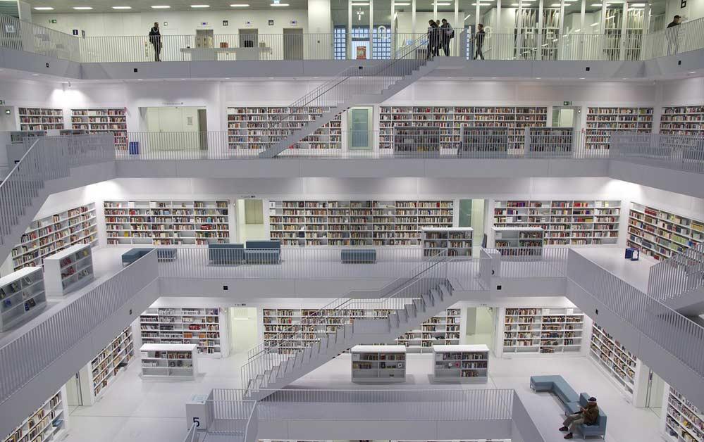 Das moderne Gebäude der Stuttgarter Stadtbibliothek